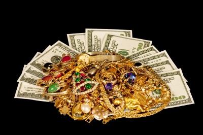 Haushaltsauflösung - auch der Verkauf von Edelmetallen gehört zu unseren Leistungen